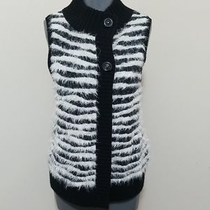 Soft Mohair and Wool Blend Vest Black and White M